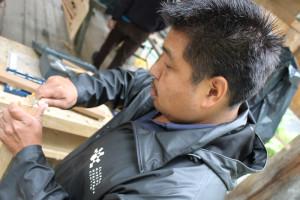 2013 ANHC master carver and teacher Andrew Abyo. Courtesy of ANHC.