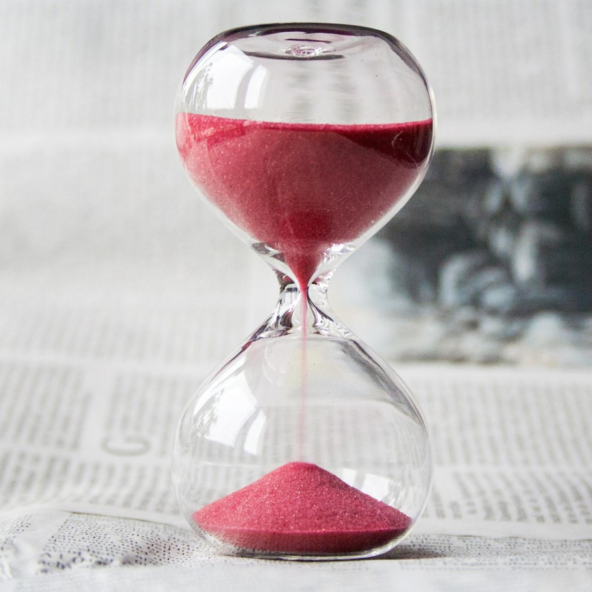 Hourglass_crop